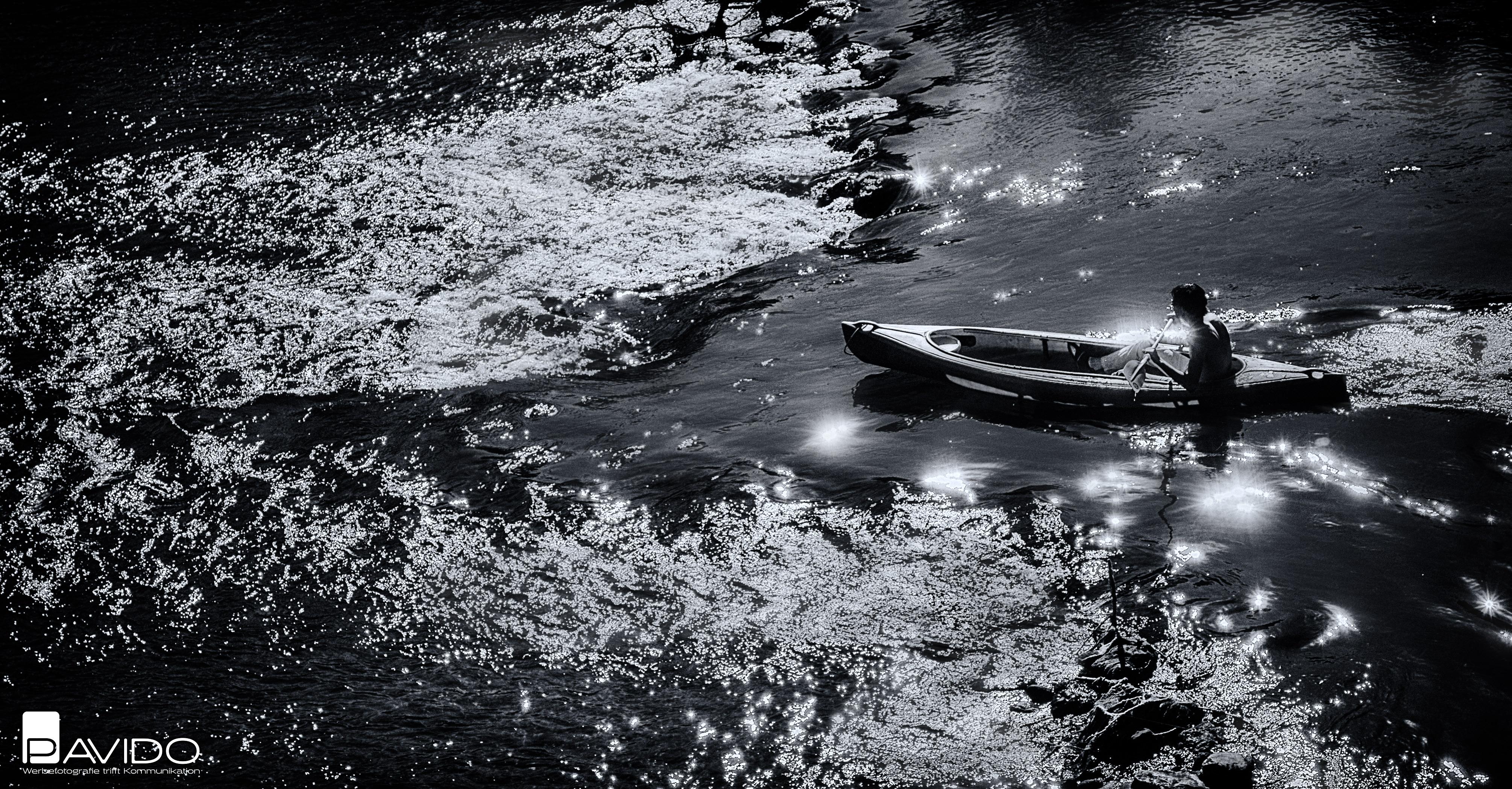Kanufahrer-Fluss